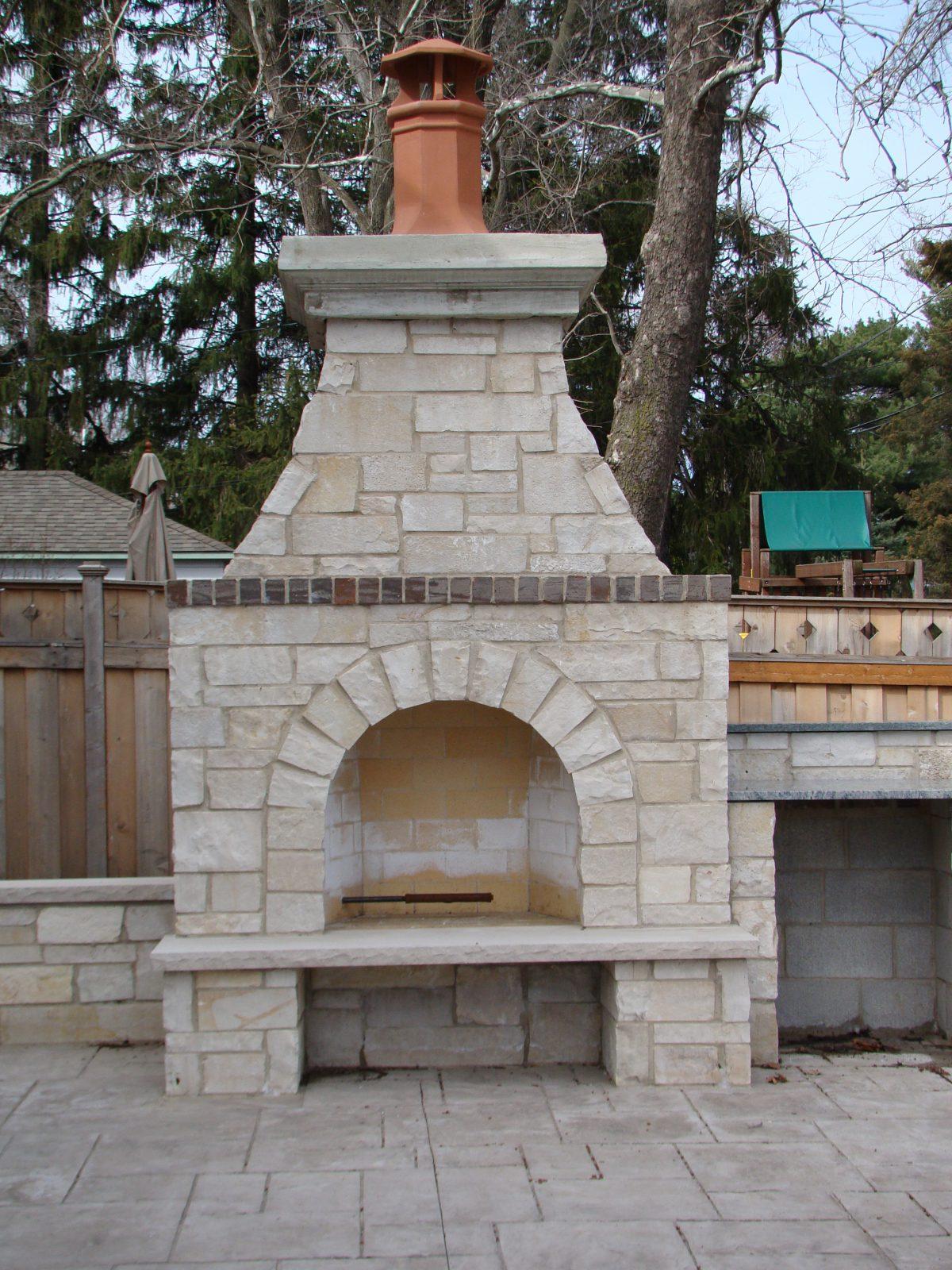 Exterior Fireplace, Elmhurst, IL – Solid Masonry Experts
